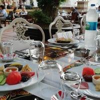 5/18/2018에 Ayşe ç.님이 Mihri Restaurant & Cafe에서 찍은 사진