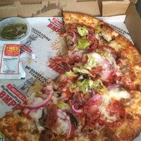 Das Foto wurde bei Big Mama's and Papa's Pizzeria von Melinda J. am 8/31/2015 aufgenommen