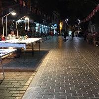 Das Foto wurde bei Üsküdar Caddesi von Kübra A. am 9/18/2016 aufgenommen