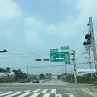 Photo taken at 상장교차로 by eAsTiN🎗 S. on 8/12/2014