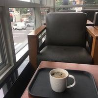 Photo taken at Starbucks by eAsTiN🎗 S. on 8/30/2017