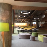 Photo taken at MEF Üniversitesi Kütüphanesi by yasemin d. on 3/10/2015