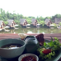 Photo taken at Burangrang Restaurant by Willy H. on 9/11/2016
