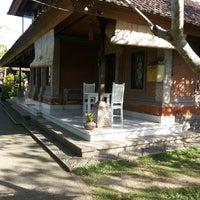 Photo taken at In Da Lodge by Narita W. on 5/24/2014