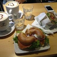 9/13/2013にMatylda M.がblueorange - coffee & bagelで撮った写真