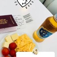 Photo taken at SkyTeam Lounge by 😜OLECKA😜 on 8/7/2018