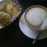 Foto tirada no(a) Brazuca Coffee por Felipe V. em 12/1/2012
