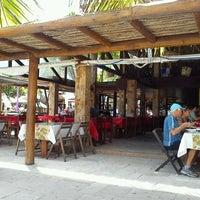 Foto tirada no(a) Restaurante Itaoca por Mariana S. em 12/26/2012