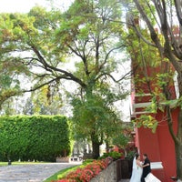 Photo taken at Armando Xicotencatl, Diseño en Fotografía by Armando Xicotencatl, Diseño en Fotografía on 9/10/2013