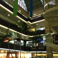Photo taken at Multicentro by Ender O. on 2/27/2013