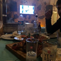 Foto tirada no(a) Aramızda Kalsın Mangal&Restaurant por 🇹🇷  H🅰S🅰N  🇹🇷 . em 2/3/2018