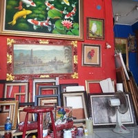 Photo taken at Tiang Art Gallery by Yuni Annisa R. on 5/30/2014