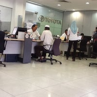 Photo taken at Toyota Service Center by Rody on 10/17/2012