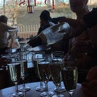 Foto tomada en Café de Paris por Virve R. el 5/26/2017