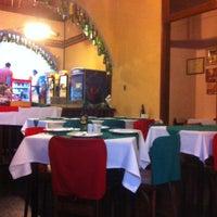 Foto tirada no(a) Piolin Cantina e Pizzaria por Eneas N. em 2/20/2013