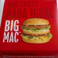 Photo taken at McDonald's by Geraldo J. on 11/17/2012