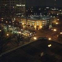 Foto diambil di DoubleTree by Hilton Hotel Portland oleh Hugh M. pada 2/4/2013