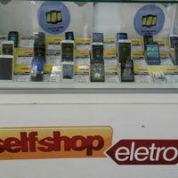 Photo taken at Selfshop Eletro by RODOLFO B. on 11/13/2013