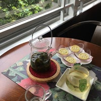 Photo taken at 荷豐水月藝文溝通cafe by Odile C. on 7/23/2017