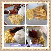 Photo taken at Kanto Freestyle Breakfast by Leng M. on 12/27/2013