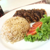 Photo taken at Viva Restaurant by Teerapat B. on 7/10/2014
