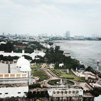 Photo taken at ชายหาดโรงแรมชลจันทร์ by Konstantin P. on 6/23/2014