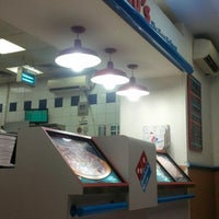 Photo taken at Dominos pizza by Norman C. on 9/24/2013