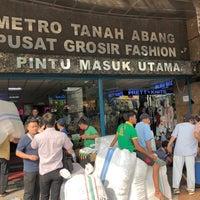 Photo prise au Pusat Grosir Metro Tanah Abang (PGMTA) par Izzat S. le7/12/2018