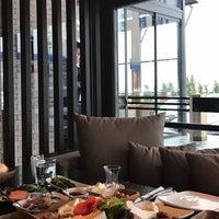 Foto tirada no(a) BİGET Steak&co. por BİGET Steak&Co em 3/14/2017