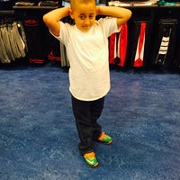 Photo taken at Kids Foot Locker by JavHmmm... on 3/19/2015