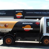 Photo taken at SuministroIC - Repsol - Gasóleos a domicilio by SuministroIC - Repsol - Gasóleos a domicilio on 9/12/2013