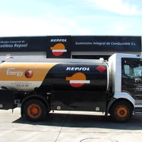 Photo taken at SuministroIC - Repsol - Gasóleos a domicilio by SuministroIC - Repsol - Gasóleos a domicilio on 9/14/2013