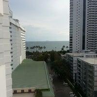 Photo taken at Jomtien Palm Beach Hotel&Resort by amm K. on 7/1/2013