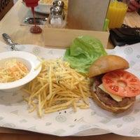 Снимок сделан в Star Burger пользователем Evgeniya S. 2/16/2015