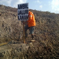Photo taken at Site SSDK - coal mining project Kalsel by ukky f. on 9/30/2013