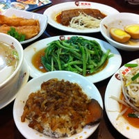 Photo taken at 鬍鬚張滷肉飯 by Alex T. on 6/5/2013