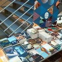 Photo prise au Librairie Molière par Julie V. le12/12/2013