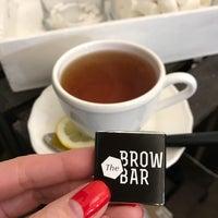 Снимок сделан в The Brow Bar пользователем fibizzz 4/22/2017
