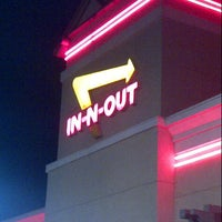 Photo taken at In-N-Out Burger by Alejandro d. on 10/11/2012