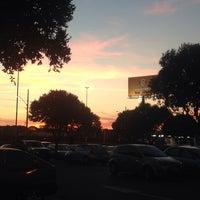 Photo taken at Supermercados Pague Menos by Daniel Pimenta S. on 8/30/2014