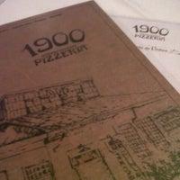 6/2/2013 tarihinde Pollyanna W.ziyaretçi tarafından 1900 Pizzeria'de çekilen fotoğraf