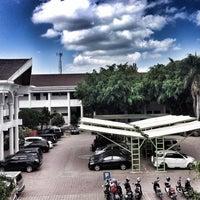 Photo taken at Universitas Syiah Kuala by Harrys Y. on 1/4/2016