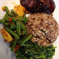Photo taken at Susan Chan Food by Shan-ren L. on 9/8/2016