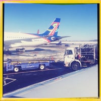 Photo taken at Gate B4 by Jimi S. on 1/24/2014