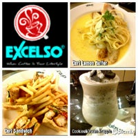 Photo taken at EXCELSO by David R. on 10/20/2012