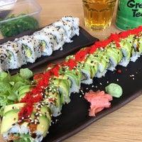 Снимок сделан в Sozo Sushi пользователем Geoffrey B. 5/24/2017