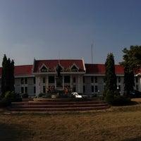 Photo taken at Phra Nakhon Si Ayutthaya Provincial Court by Surapas S. on 4/4/2013