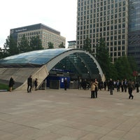 Photo taken at Canary Wharf London Underground Station by Hyukdo K. on 6/24/2013