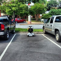 Photo taken at Peachtree Battle Shopping Center by Carl T. on 9/4/2013