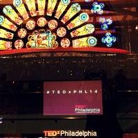 3/28/2014 tarihinde Amy L.ziyaretçi tarafından TEDxPhilly'de çekilen fotoğraf